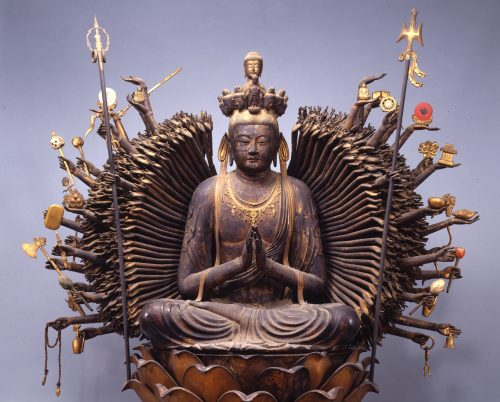 大阪・葛井寺の《千手観音菩薩坐像》