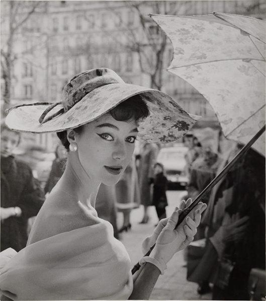 レギーナ・レラング 《バルテ、パリ》